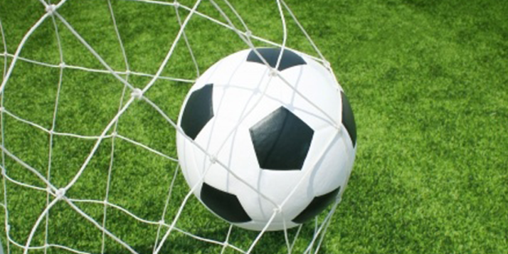 Voetbalwedstrijd : 6de leerjaar - leerkrachten